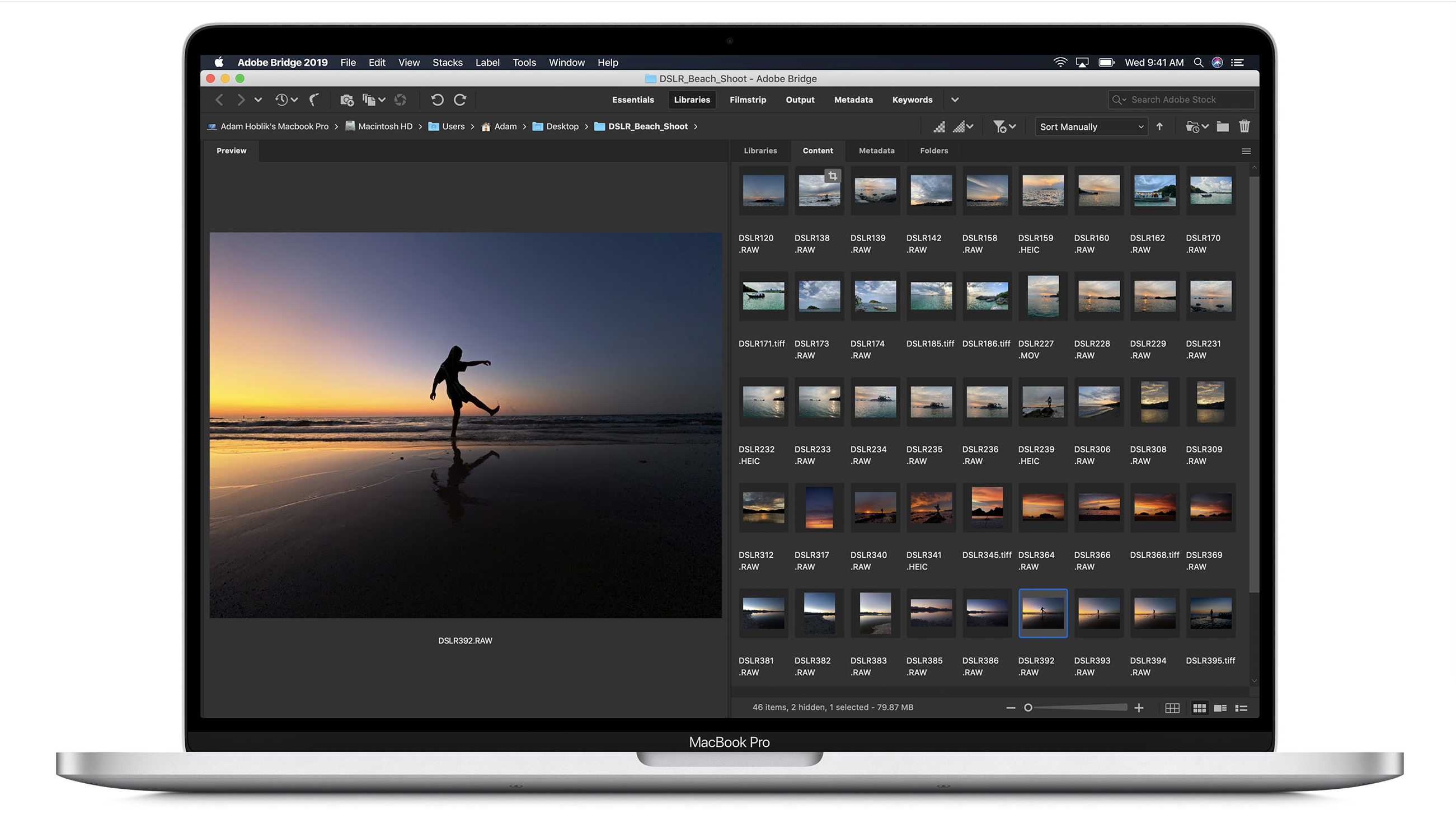 fotografie pe display-ul unui macbook pro 16 inci