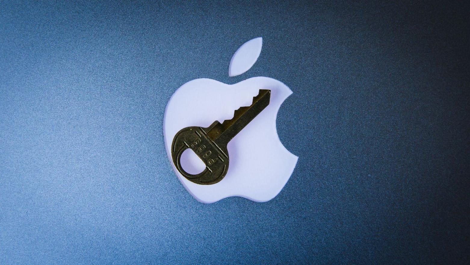 logo apple pe fundal albastru